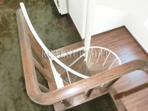 ロフト~らせん階段
