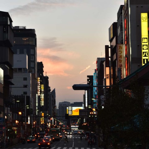 浅草の夕暮れ2